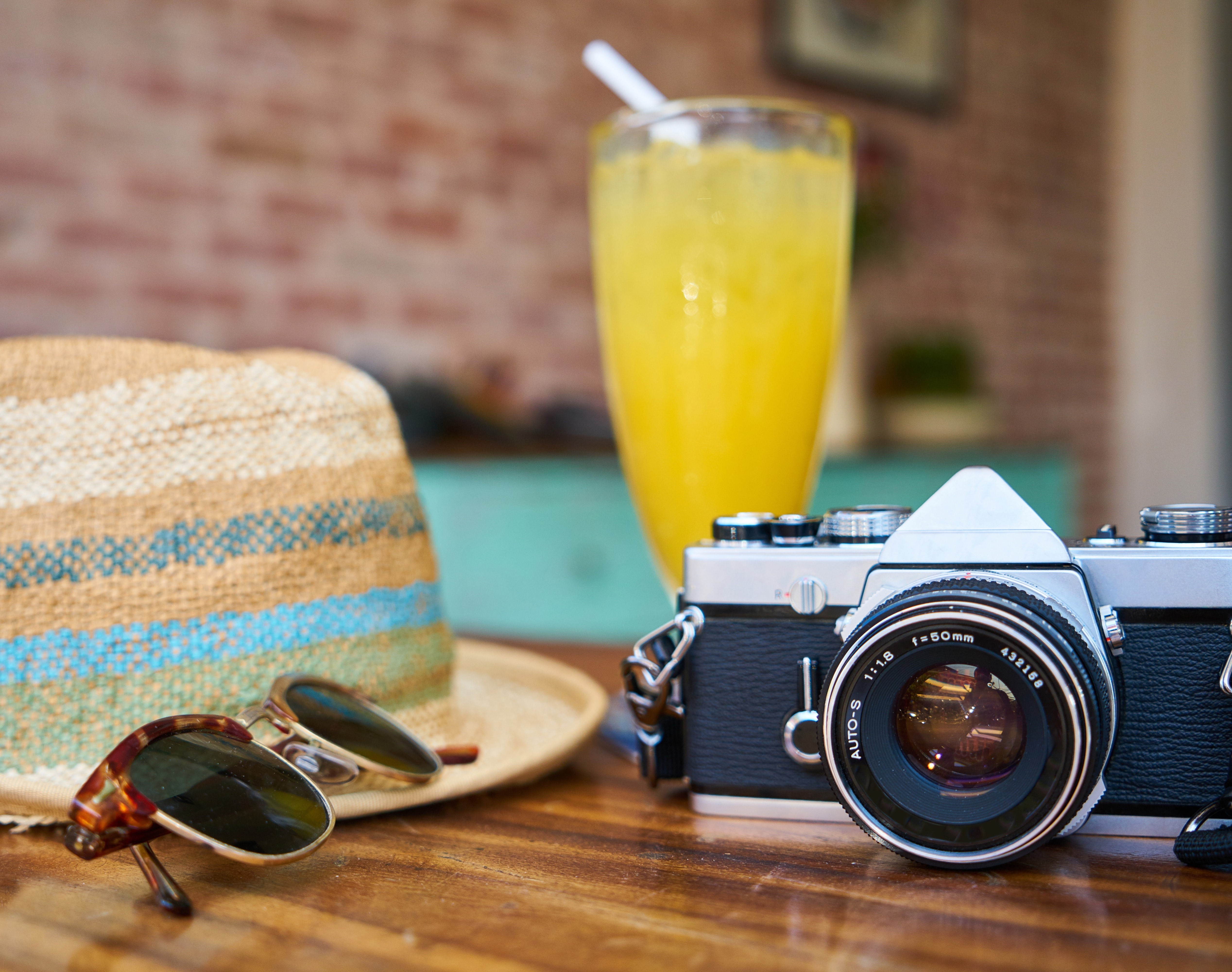 cafe-camera-classic cut